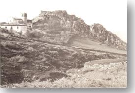 Vista del castello primi '900. (fonte Museo storico Comunale)